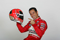 Helio Castroneves, portrait shoot, Phoenix, AZ USA 1/25/06
