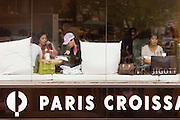 Apgujeong. Paris Croissant.