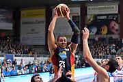 DESCRIZIONE : Cantù Lega A 2014-15Acqua Vitasnella Cantù Acea Roma<br /> GIOCATORE : Morgan Jordan<br /> CATEGORIA : Passaggio precario<br /> SQUADRA : Acea Roma<br /> EVENTO : Campionato Lega A 2014-2015<br /> GARA : Acqua Vitasnella Cantù Acea Roma<br /> DATA : 11/01/2015<br /> SPORT : Pallacanestro <br /> AUTORE : Agenzia Ciamillo-Castoria/I.Mancini<br /> Galleria : Lega Basket A 2013-2014  <br /> Fotonotizia : Cantù Lega A 2013-2014 Acqua Vitasnella Cantù Acea Roma<br /> Predefinita :