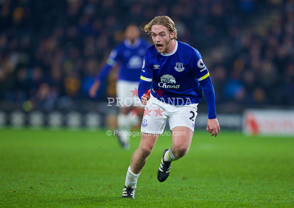 KINGSTON-UPON-HULL, ENGLAND - Friday, December 30, 2016: Everton's Tom Davies in action against Hull City during the FA Premier League match at the KCOM Stadium. (Pic by David Rawcliffe/Propaganda)