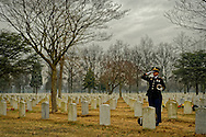 Farmingdale, New York, USA. January 10, 2014. Lester Parry's military internment at Long Island National Cemetery.