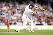 © SPORTZPICS / Seconds Left Images 2009   - Paul Collingwood plays it a wide Peter Siddle ball and edges to Michael Hussey losing his wicket out for 24 runs   England v Australia - The Ashes 2009 - 5th npower Test  Match - Day 1 - 20/08/09 - The Brit Oval - London -  UK - All Rights Reserved
