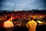 2manyDJs. Soulwax DJing. Global Gathering festival 2005, Long Marston Airfield, Stratford Upon Avon. UK. July 2005
