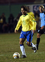 21/07/04 - LIMA - PERU - COPA AMERICA PERU 2004 - <br />AMERICAN CUP - <br />Brazilian Player N*19 DIEGO Ribas da Cunha.<br />© Gabriel Piko / Argenpress.com<br />- semifinal match. -  BRASIL - BRAZIL (6) VS. URUGUAY (4) - By penalty - <br />© Gabriel Piko / Argenpress.com