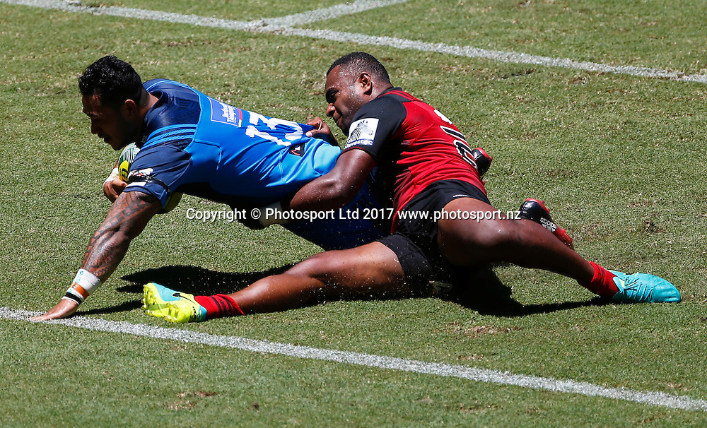 12 February 2017, Day 2 of the Brisbane Global Rugby Tens at Suncorp Stadium, Brisbane, Australia.<br /> Blues Pasqualle Dunn in action against the Crusaders<br /> Copyright photo: Jason O'Brien / www.photosport.nz