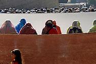 Roma, 30/09/2008: Id al-Fitr, preghiera per la fine del Ramadan della comunità del Bangladesh nei giardini di piazza Vittorio all'Esquilino - Id al-Fitr, prayer for the end of Ramadan of the community of Bangladesh in the gardens of Piazza Vittorio.©Andrea Sabbadini