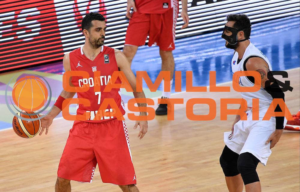 DESCRIZIONE: Torino FIBA Olympic Qualifying Tournament Italia - Croazia<br /> GIOCATORE: KRUNOSLAV SIMON<br /> CATEGORIA: Nazionale Italiana Italia Maschile Senior<br /> GARA: FIBA Olympic Qualifying Tournament Italia - Croazia<br /> DATA: 05/07/2016<br /> AUTORE: Agenzia Ciamillo-Castoria