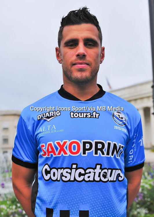Bryan BERGOUGNOUX - 04.10.2013 - Photo Officielle - Tours -<br /> Photo : Philippe LE BRECH / Icon Sport