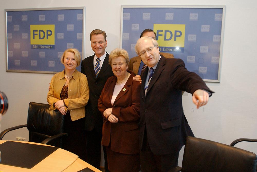 02 DEC 2002, BERLIN/GERMANY:<br /> Cornelia Pieper, FDP Generalsekretaerin, Guido Westerwelle, FDP Bundesvorsitzender, Ruth Wagner, FDP Landesvorsitzende Hessen, und Rainer Bruederle, Stellv. FDP Bundesvorsitzender, (v.L.n.R.), vor Beginn der Sitzung FDP Praesidium, Thomas-Dehler-Haus<br /> IMAGE: 20021202-01-005<br /> KEYWORDS: Rainer Br&uuml;derle, Pr&auml;sidium