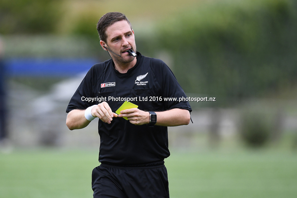 Referee hands ot a yellow card during the Hamilton Wanderers v Auckland City at Porritt Stadium, Hamilton, New Zealand on the 15th February 2017. Copyright photo: Jeremy Ward / www.photosport.nz