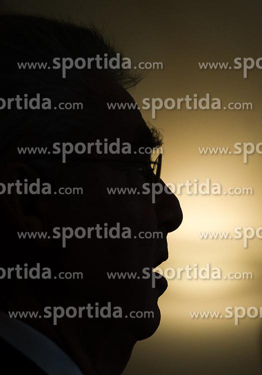 """23.09.2016, Landtmann, Wien, AUT, Pressegespräch Verlag ecowin anlässlich der Buchpräsentation """"Eine Wortmeldung"""" von und mit Altbundespräsident Fischer, im Bild ehemaliger Bundespräsident Heinz Fischer // former Federal President of Austria Heinz Fischer during press conference of former president of austria Fischer due to book presentation """"Eine Wortmeldung"""" in Vienna, Austria on 2016/09/23, EXPA Pictures © 2016, PhotoCredit: EXPA/ Michael Gruber"""