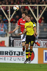 24.01.2016, Stadion An der Alten Foersterei, Berlin, GER, Testspiel, 1. FC Union Berlin vs. Borussia Dortmund, im Bild Kopfballduell zwischen Maximilian Thiel (#11, 1. FC Union Berlin) und Erik Durm (#37, Borussia Dortmund) // during a preperation Football Match between 1. FC Union Berlin and Borussia Dortmund at the Stadion An der Alten Foersterei in Berlin, Germany on 2016/01/24. EXPA Pictures © 2016, PhotoCredit: EXPA/ Eibner-Pressefoto/ Hundt<br /> <br /> *****ATTENTION - OUT of GER*****