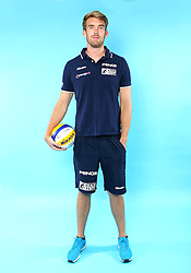 07.06.2016, Hamburg, GER, DVV Beachvolleyball, Fototermin, Nationalmannschaft, Olympische Spiele, Rio 2016, im Bild Alexander Walkenhorst (GER) // Alexander Walkenhorst of Germany during photocall of German Beach Volleyball team of German Cycling Federation for the Olympic games, Rio 2016. Hamburg, Germany on 2016/06/07. EXPA Pictures © 2016, PhotoCredit: EXPA/ Eibner-Pressefoto<br /> <br /> *****ATTENTION - OUT of GER*****