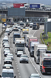 &copy; Licensed to London News Pictures.29/03/2018<br /> Dartford, UK.<br /> A2 slip road traffic above the M25 Darenth Interchange.<br />  Maundy Thursday Easter traffic chaos has started early on the<br /> M25, Darenth Interchange (Anti Clock-wise) NEAR Dartford in Kent<br />  Photo credit: Grant Falvey/LNP