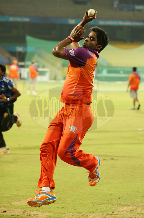 Gnaneswara Rao during the Kochi Tuskers practice sessions held at the M. Chinnaswamy Stadium in Kochi, Kerala India on the 29th April 2011..Photo by Jacques Rossouw/BCCI/SPORTZPICS .