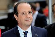 Fran&ccedil;ois Hollande brengt een officieel bezoek aan Nederland. Hollande is in Nederland om de handelsbetrekkingen aan te halen.<br /> <br /> Fran&ccedil;ois Hollande brings an official visit to the Netherlands. Hollande is in the Netherlands for &quot;better&quot;Trading relations<br /> <br /> Op de foto/ On the photo:  De Franse president Fran&ccedil;ois Hollande komt aan bij Eerste Kamer<br /> <br /> French President Francois Hollande arrives at Senate