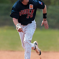 25 April 2010: Aaron Hornostaj of Rouen runs to third base during game 1/week 3 of the French Elite season won 12-4 by Rouen over the PUC, at the Pershing Stadium in Vincennes, near Paris, France.