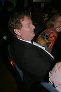 Peter Wright. 2004 Whitbread Book Awards. The Brewery, Chswell st. London EC1. 25 January 2005. ONE TIME USE ONLY - DO NOT ARCHIVE  © Copyright Photograph by Dafydd Jones 66 Stockwell Park Rd. London SW9 0DA Tel 020 7733 0108 www.dafjones.com