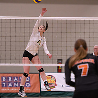1st year outside hitter Jessica Lerminiaux (12) of the Regina Cougars in action during Women's Volleyball home game on January 12 at Centre for Kinesiology, Health and Sport. Credit: /Arthur Images 2018