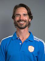 ARNHEM - Trainer Alexander Cox. Nederlands Hockeyteam dames voor Wereldkamioenschappen hockey 2014. FOTO KOEN SUYK
