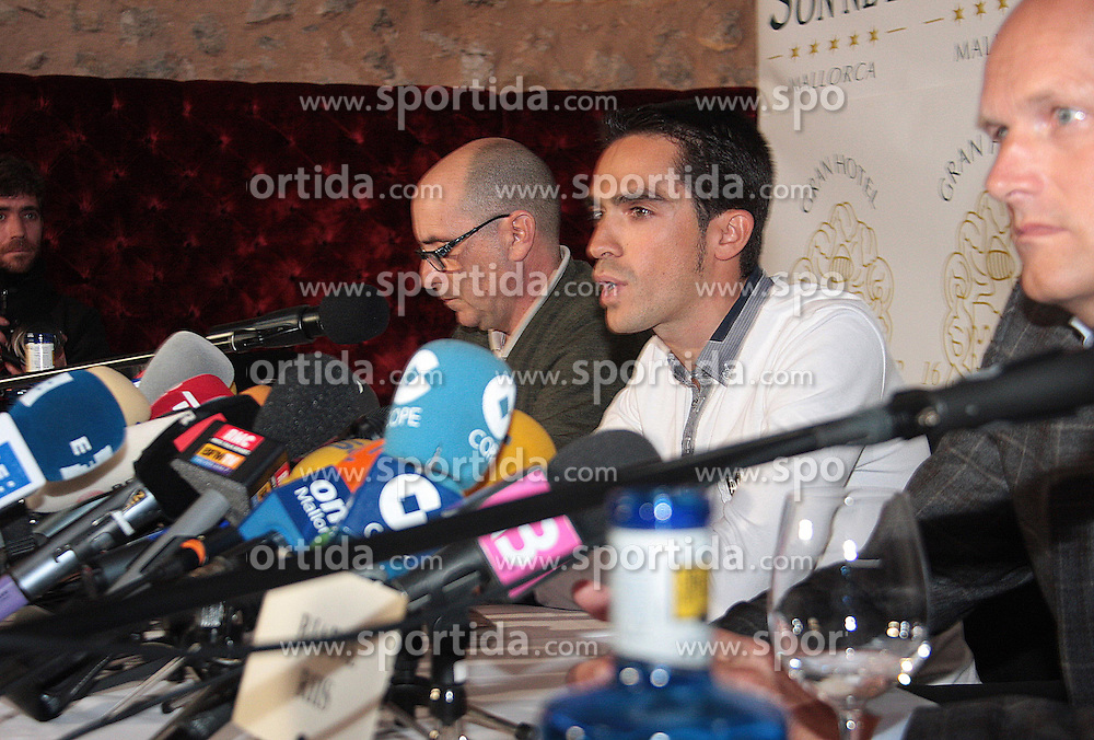 "28.01.2011, Grand Hotel Sonnet, Mallorca, ESP, Alberto Contador Pressekonferenz, im Bild Alberto Contador has confirmed that he will not be retiring from cycling even if he is eventually banned and said that he will appeal against any kind of sanction..Speaking in a press conference on Friday, his first since he heard he would receive a one-year ban for clenbuterol, the Spaniard said ""I have no plans to quit. But above all, I consider this ban to be totally unfair."".""I've never doped. I'm an example of what it means to race clean."", EXPA Pictures © 2011, PhotoCredit: EXPA/ Alterphotos/ ALFAQUI/ Monserrat"