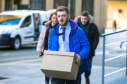 "© Licensed to London News Pictures. 02/02/2018. Liverpool UK. Tom Evans, father of Alfie Evans arrives at Liverpool Civil & Family Court this morning. Tom Evans and Kate James from Liverpool are in dispute with medics looking after their son 19-month-old son Alfie Evans, at Alder Hey Children's Hospital in Liverpool. Alfie is in a ""semi-vegetative state"" and had a degenerative neurological condition doctors have not definitively diagnosed. Specialists at Alder Hey say continuing life-support treatment is not in Alfie's best interests but the boy's parents want permission to fly their son to a hospital in Rome for possible diagnosis and treatment. Photo credit: Andrew McCaren/London News Pictures"