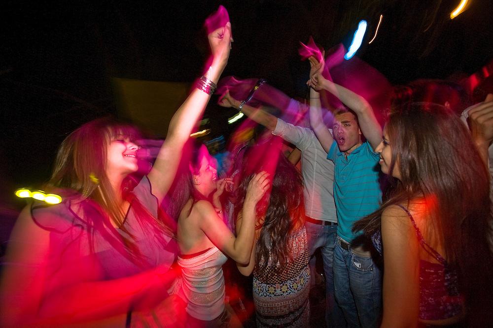Palestinians enjoy ramallah nightlife at the snow bar in Ramallah..Credit photo: Olivier Fitoussi.
