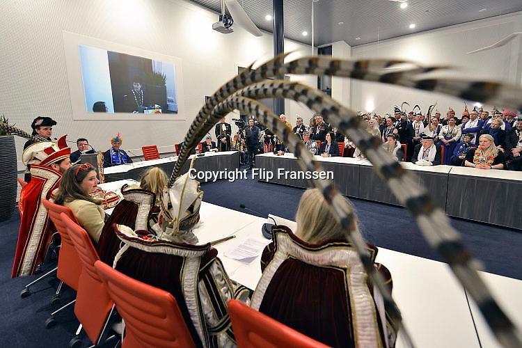 Nederland, Groesbeek, 24-2-2017In het gemeentehuis werden de dorpssleutels omgehangen door burgemeester Mark Slinkman bij de verschillende Carnavalsprinsen uit de gemeente. Dit weekend barst het carnaval weer los.Foto: Flip Franssen