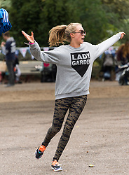 © Licensed to London News Pictures. 23/04/2016. CARA DELEVINGNE takes part in the inagural Lady Garden 5km Run.  London, UK. Photo credit: Ray Tang/LNP