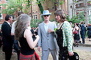 JONATHAN ROOT, Sebastian Horsley funeral. St. James's church. St. James. London afterwards in the church garden. July 1 2010. -DO NOT ARCHIVE-© Copyright Photograph by Dafydd Jones. 248 Clapham Rd. London SW9 0PZ. Tel 0207 820 0771. www.dafjones.com.