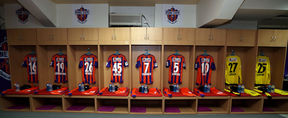 Dressing room during match 33 of the Indian Super League (ISL) season 2  between FC Pune City and FC Goa held at the Shree Shiv Chhatrapati Sports Complex Stadium, Pune, India on the 8th November 2015.<br /> <br /> Photo by Sandeep Shetty / ISL/ SPORTZPICS