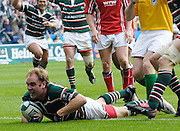 Leicester, Great Britain, Tigers, Andy GOODE, looks at the crowd after scoring a first half try, during the Heineken Cup Semi Final, Leicester Tigers vs Llanelli Scarlets played at the Walker Stadium, on Sat. 21.04.2007. [Photo Peter Spurrier/Intersport Images]