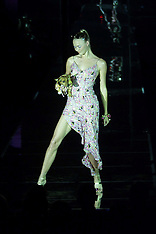 AUG 6 2000 Julien Macdonald LFW SS 2001