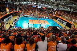 18-09-2011 VOLLEYBAL: DELA TROPHY NEDERLAND - TURKIJE: ALMERE<br /> Nederland wint met 3-0 van Turkije en wint hierddor de DELA Trophy / Sportcentrum Almere, zaal, hal, Oranje<br /> ©2011-FotoHoogendoorn.nl