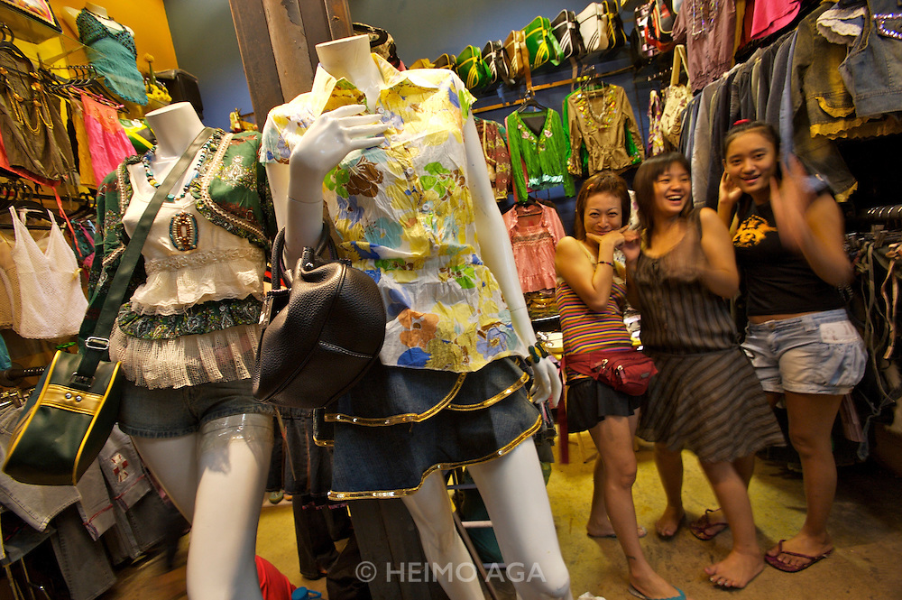 Chatuchak Sunday Market. Fashion boutique.3