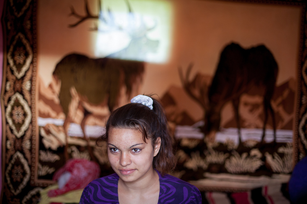 Fourteen-year-old Simona Nedelcu attends the local school where 700 students are split evenly between Roma and non-Roma. Here, Roma children participate in the Roma Education Fund's school programs – School after School and Equal Opportunities in Education.