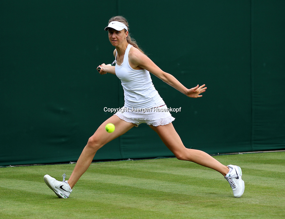Wimbledon Championships 2013, AELTC,London,<br /> ITF Grand Slam Tennis Tournament, Mona Barthel (GER),Aktion,Einzelbild,Ganzkoerper,Querformat,