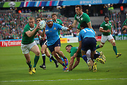 Ireland centre Keith Earls scoring Irelands first try during the Rugby World Cup Pool D match between Ireland and Italy at the Queen Elizabeth II Olympic Park, London, United Kingdom on 4 October 2015. Photo by Matthew Redman.