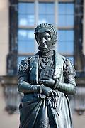 Anna Denkmal vor Annenkirche, Altstadt, Dresden, Sachsen, Deutschland | Anna memorial  in front of Anna Church, Dresden, Saxony, Germany,