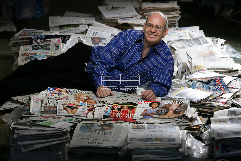 2nd December 2008. Huntington Beach, California. 61-year-old Kenneth L. Zimmerman who has had over 1,600 letters published in newspapers and magazines. .PHOTO © JOHN CHAPPLE / REBEL IMAGES..(001) 310 570 9100   john@chapple.biz   www.chapple.biz