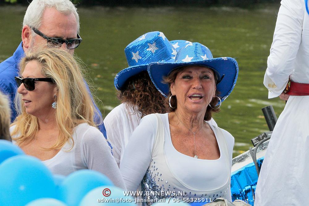 NLD/Amsterdam/20110806 - Canalpride Gaypride 2011, Netty van der Veer