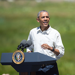 President Obama speaks at Yosemite National Park (13 images)