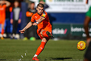 Luton Town forward Elliot Lee takes a free kick in the last minutes of the game during the EFL Sky Bet League 1 match between Luton Town and Coventry City at Kenilworth Road, Luton, England on 24 February 2019.