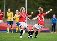 Eirin B. Kleppa (right) celebrates goal with Julie Adsero. Norway-Sweden, WU17 Four Nation's Tournament. Eerikkilä, Finland, 25.5.2007. Photo: Jussi Eskola