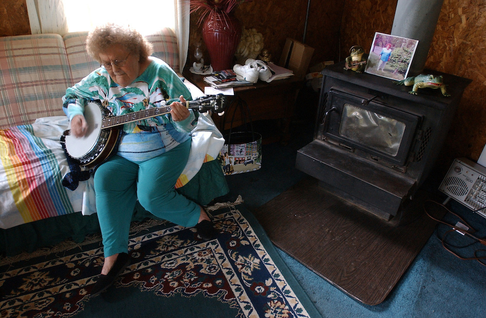 Wild Granny is an Appalachian banjo player.