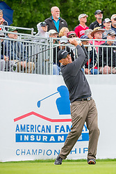 June 22, 2018 - Madison, WI, U.S. - MADISON, WI - JUNE 22: Tom Lehman tees off on the first tee during the American Family Insurance Championship Champions Tour golf tournament on June 22, 2018 at University Ridge Golf Course in Madison, WI. (Photo by Lawrence Iles/Icon Sportswire) (Credit Image: © Lawrence Iles/Icon SMI via ZUMA Press)