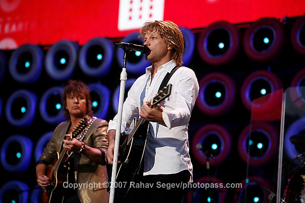 Jon Bon Jovi with Richie Sambora and his band Bon Jovi performing at Giant's Stadium during Live Earth on July 7,  2007. .