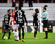 KALMAR, SWEDEN - APRIL 18: Sam Mensiro of Ostersunds FK protests against the referees decision during the Allsvenskan match between Kalmar FF and Ostersunds FK at Guldfageln Arena on April 18, 2018 in Kalmar, Sweden. Photo by Jonas Gustafsson/Ombrello ***BETALBILD***