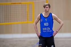 28-12-2017 NED: Open training BTN, Den Haag<br /> Beach team Nederland gaf de laatste open training van het jaar / Jasper Bouter NED #2