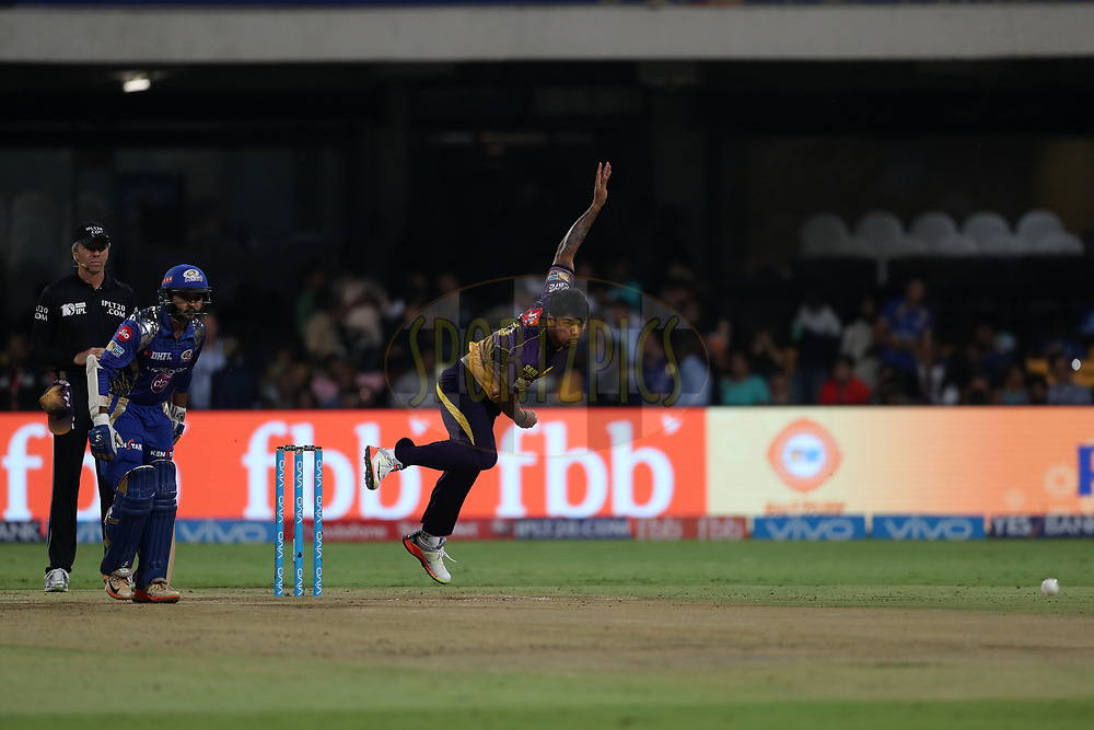 Umesh Yadav of the Kolkata Knight Riders during the 2nd qualifier match of the Vivo 2017 Indian Premier League between the Mumbai Indians and the Kolkata Knight Riders held at the M.Chinnaswamy Stadium in Bangalore, India on the 19th May 2017<br /> <br /> Photo by Ron Gaunt - Sportzpics - IPL